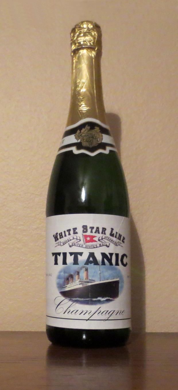 TitanicChampagne